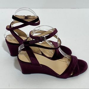 Nine West Plumb Velvet Cross Ankle Low Wedge Sz 8